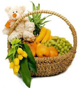Фруктовая корзина с Мягкой игрушкой и тюльпанами